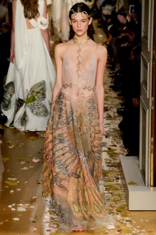 Valentino-couture-spring-2016-pfw-10