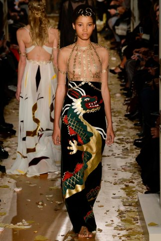 Valentino-couture-spring-2016-pfw-11