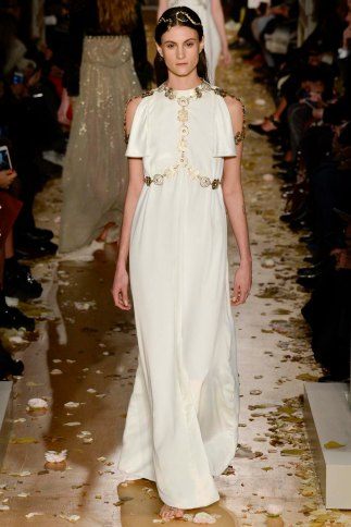 Valentino-couture-spring-2016-pfw-15
