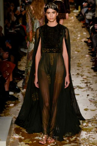 Valentino-couture-spring-2016-pfw-4