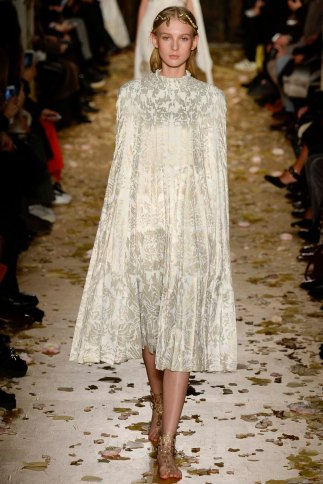 Valentino-couture-spring-2016-pfw-7