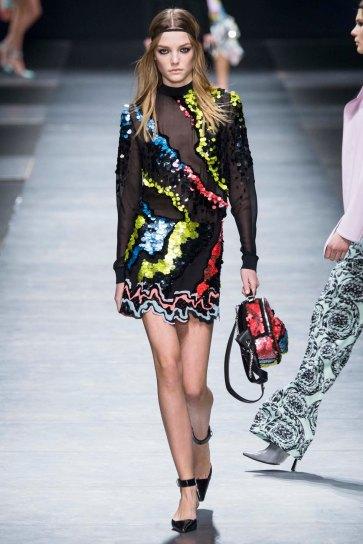 Versace-aw16-milanomodadonna-mfw-womenswear-17