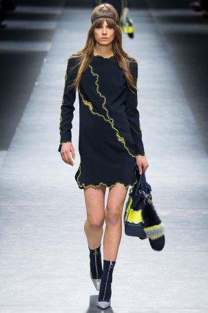 Versace-aw16-milanomodadonna-mfw-womenswear-7