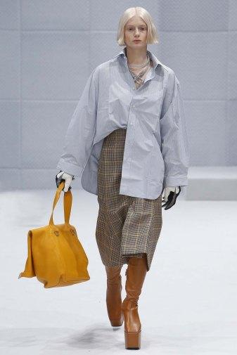 Balenciaga-aw16-pfw-womenswear-rtw-10
