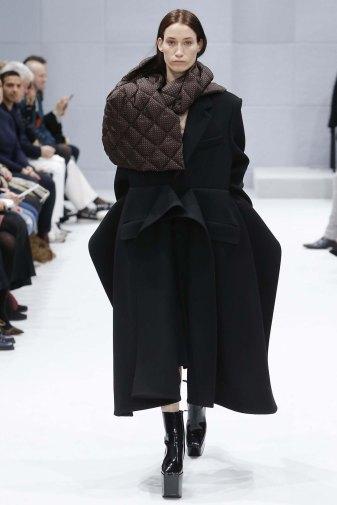 Balenciaga-aw16-pfw-womenswear-rtw-14