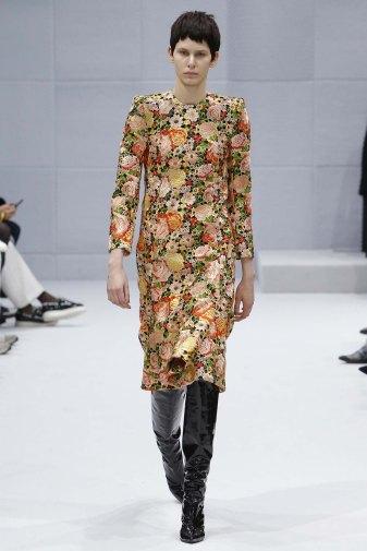 Balenciaga-aw16-pfw-womenswear-rtw-18