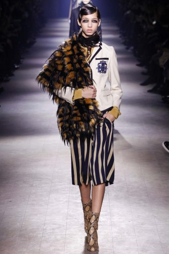 Dries-Van-Noten-aw16-pfw-rtw-womenswear-3