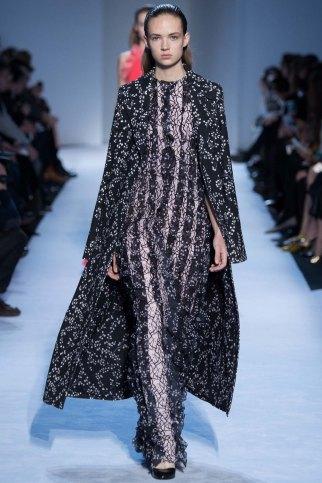 GiambattistaValli-aw16-pfw-rtw-womenswear-19
