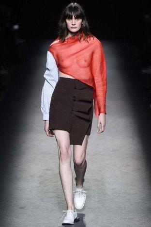 Jacquemus-aw16-pfw-womenswear-rtw-15