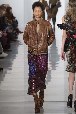 Maison-Margiela-aw16-pfw-rtw-womenswear-13