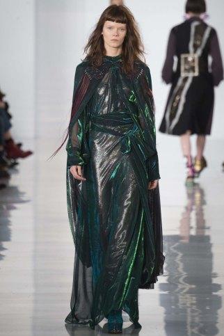Maison-Margiela-aw16-pfw-rtw-womenswear-18