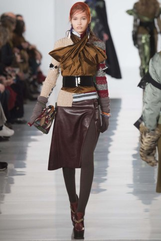 Maison-Margiela-aw16-pfw-rtw-womenswear-3