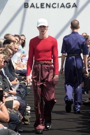 Balenciaga-spring-2017-pfw-slashitmag-menswear-11