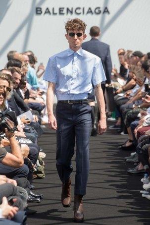 Balenciaga-spring-2017-pfw-slashitmag-menswear-3