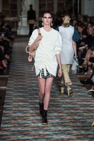 Dior-resort-2017-slashitmag-fashion-4