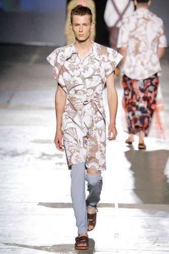 Vivienne-Westwood-spring-2017-menswear-mfw-slashitmag-fashion-21