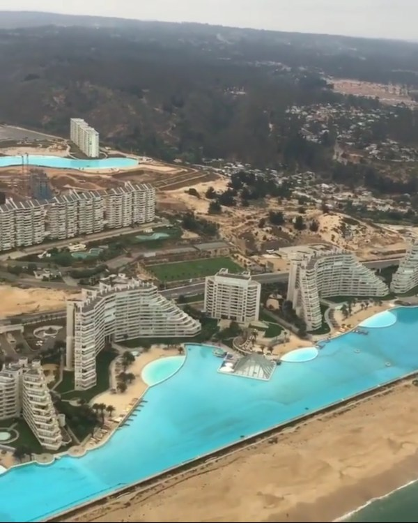 Worlds second largest pool | Slaylebrity