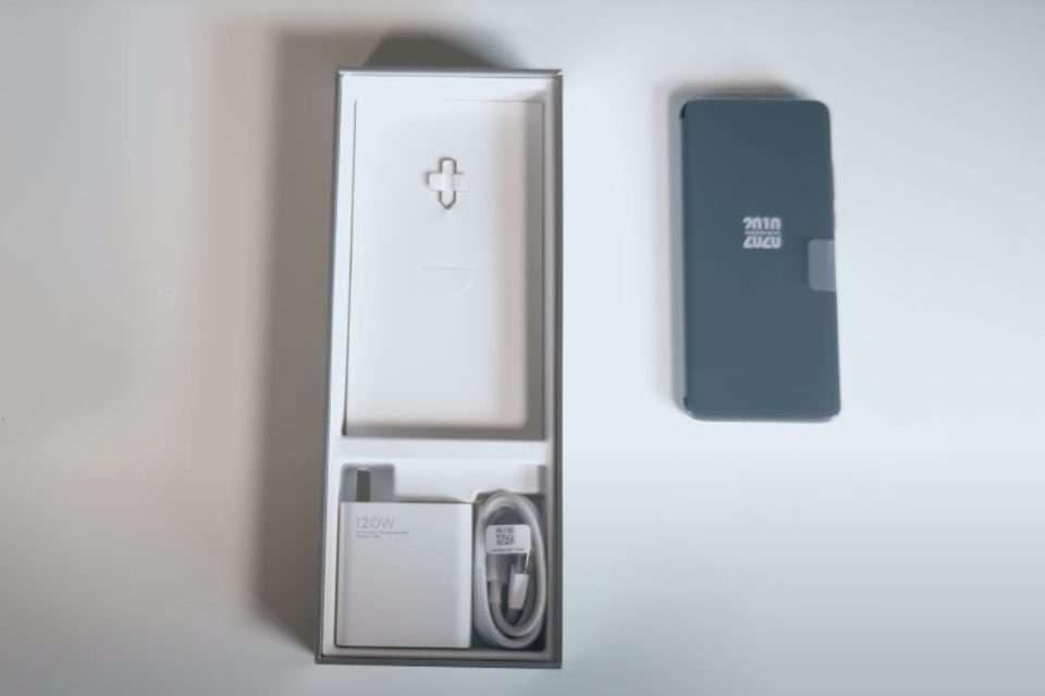 Xiaomi Mi 10 Ultra Box