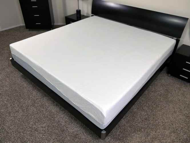 Angled View Of The Zinus Memory Foam Pressure Relief Mattress