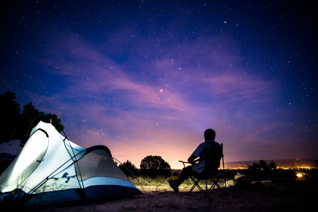 Stargazing as a way to achieve a circadian reset