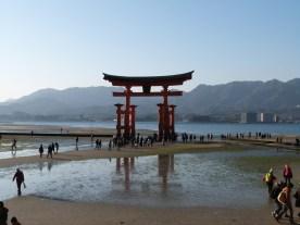Le torii à marée basse
