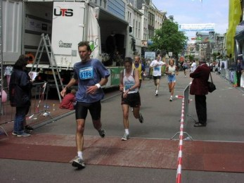 marathon099.jpg