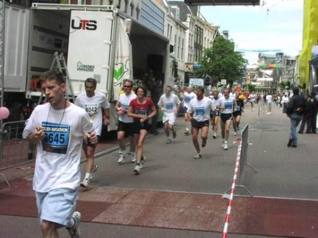marathon111.jpg