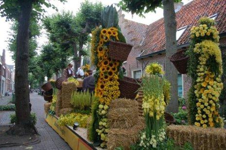 Rijnsburgs Bloemencorso 2010 (13).JPG