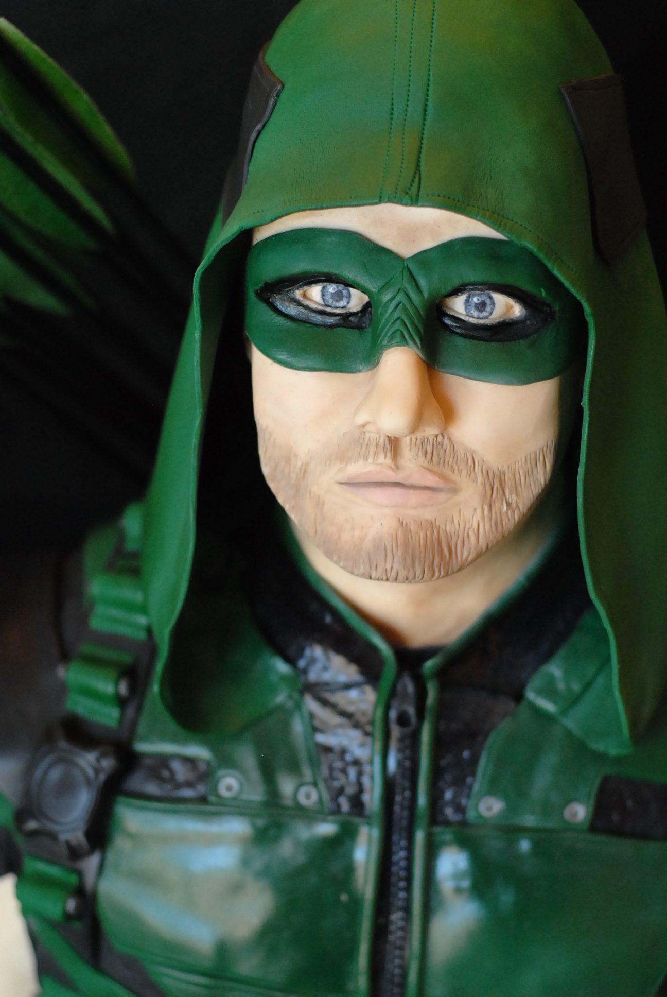 Green Arrow Cake, Stephen Amell Cake, Face Sculpting, modeling chocolate face, Green Arrow, Arrow