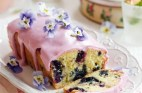 lemon-and-blueberry-drizzle-cake