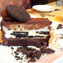 Oreo Dream Extreme Cheesecake from the Cheesecake Factory