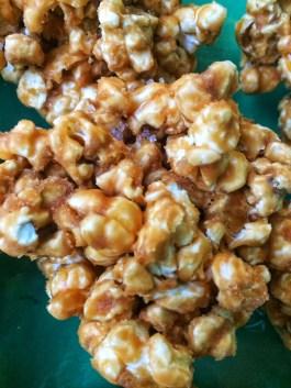 Popcorn Karamel Kugler, nemme at lave, no bake