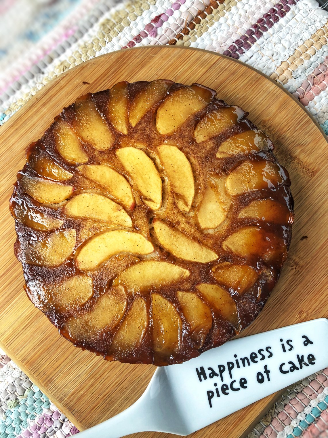 Upside Down Æblekage / OMvendt æblekage