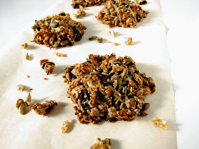 Seed and Oat cakes - a gluten free healthy snack