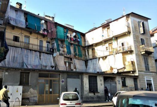 Barriera di Milano neighbourhood