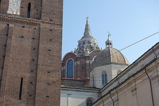 The Campanile on the left, the domes of the Duomo to the right