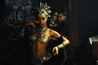 queen_of_the_damned_2002_0