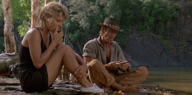 crocodile-dundee-1986-movie-still-660x330