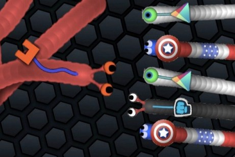 Hidden Features of Slither.io