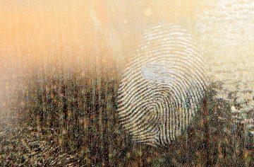 Пръстов отпечатък издаде сестри, откраднали 1000 лева