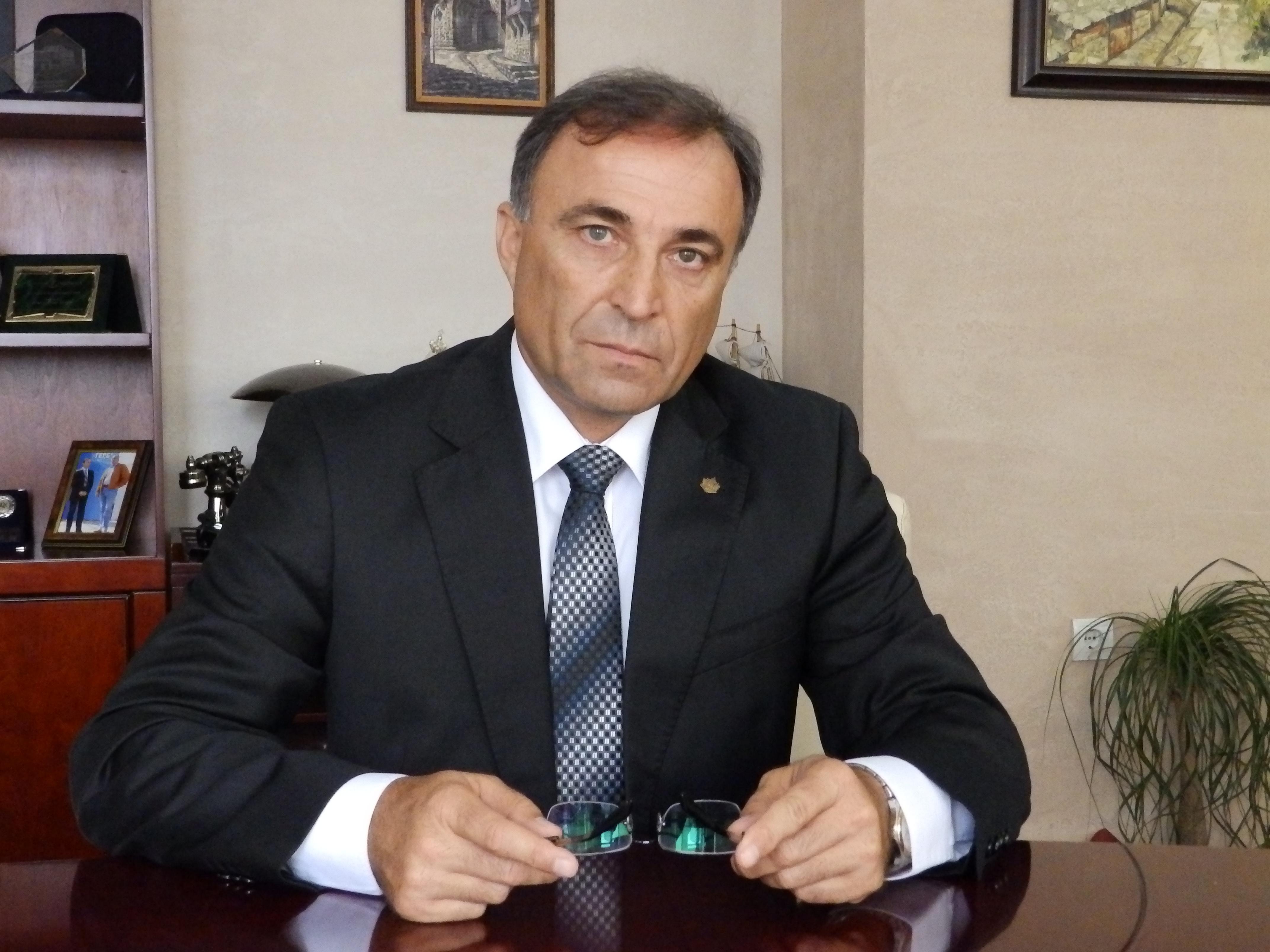 Новозагорският кмет се отчете за2016-та