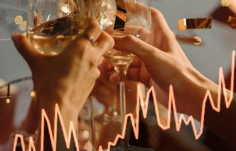 Nieuwe website records   Knallend het nieuwe jaar in, een goed begin van 2020 (champagne met grafiek afbeelding)
