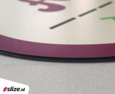 Handige en goedkope autoreclame Oldenzaal