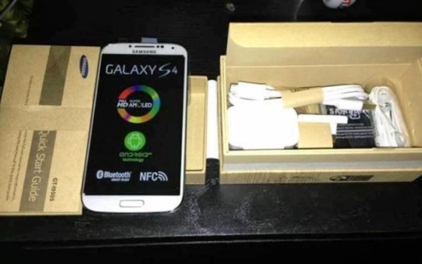 Samsung-GT-19500-Galaxy-S4-1