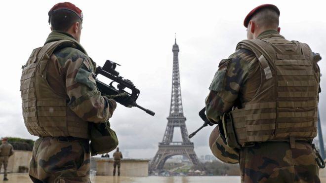 BBC: Počet zatknutých džihádistov a zmarených útokov neustále stúpa