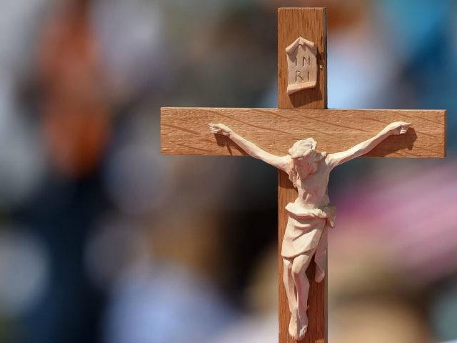 Nemeckí imigranti hromadne konvertujú na kresťanstvo, aby sa vyhli deportáciám