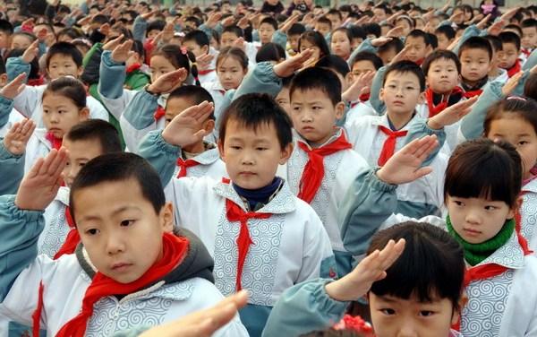 ROMAN IGAZ: Prečo Východ prosperuje aZápad čaká úpadok? Kľúčom môže byť vzdelávací systém avýchova detí.