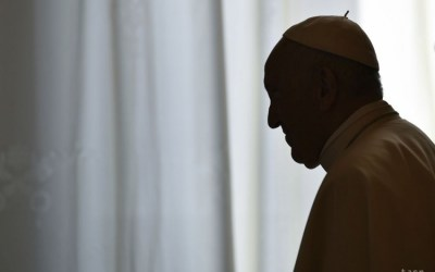Pápež František dúfa, že globálny pakt OSN vyvolá súcit s migrantmi.