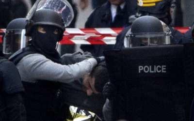 Podozrivý z výbuchu v Lyone prisahal vernosť Islamskému štátu.