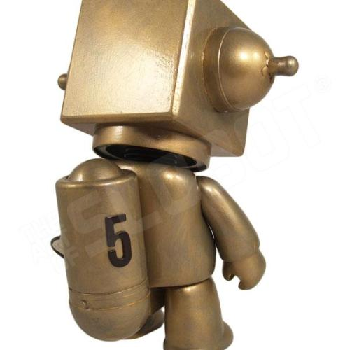 Mike Slobot 5 - Sentinel Class Moon Robot gold Qee back